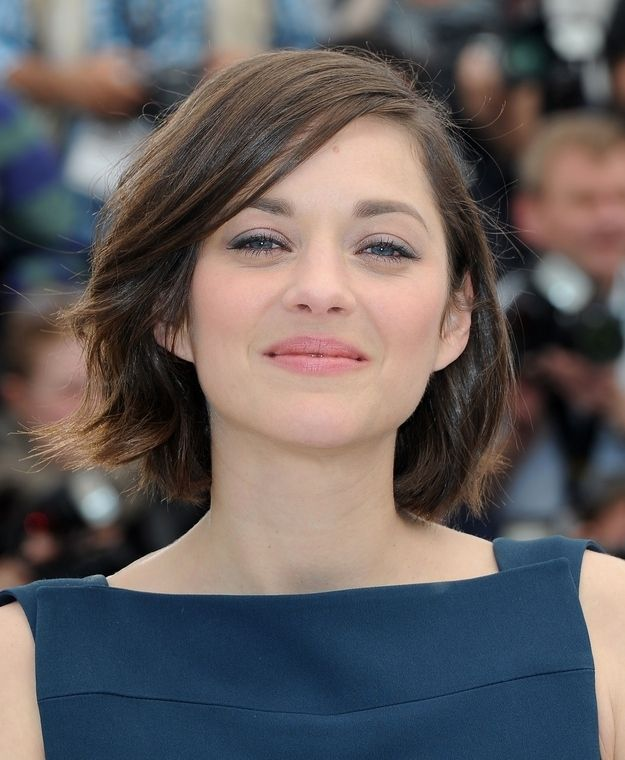Marion Cotillard Short Hair Styles Medium Length Wavy