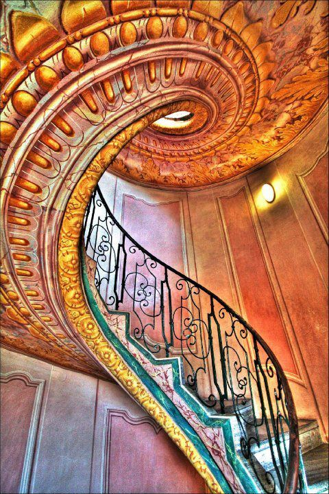 staircase.... | My cup of tea | Pinterest | Buen día, Escalera y Hermosa