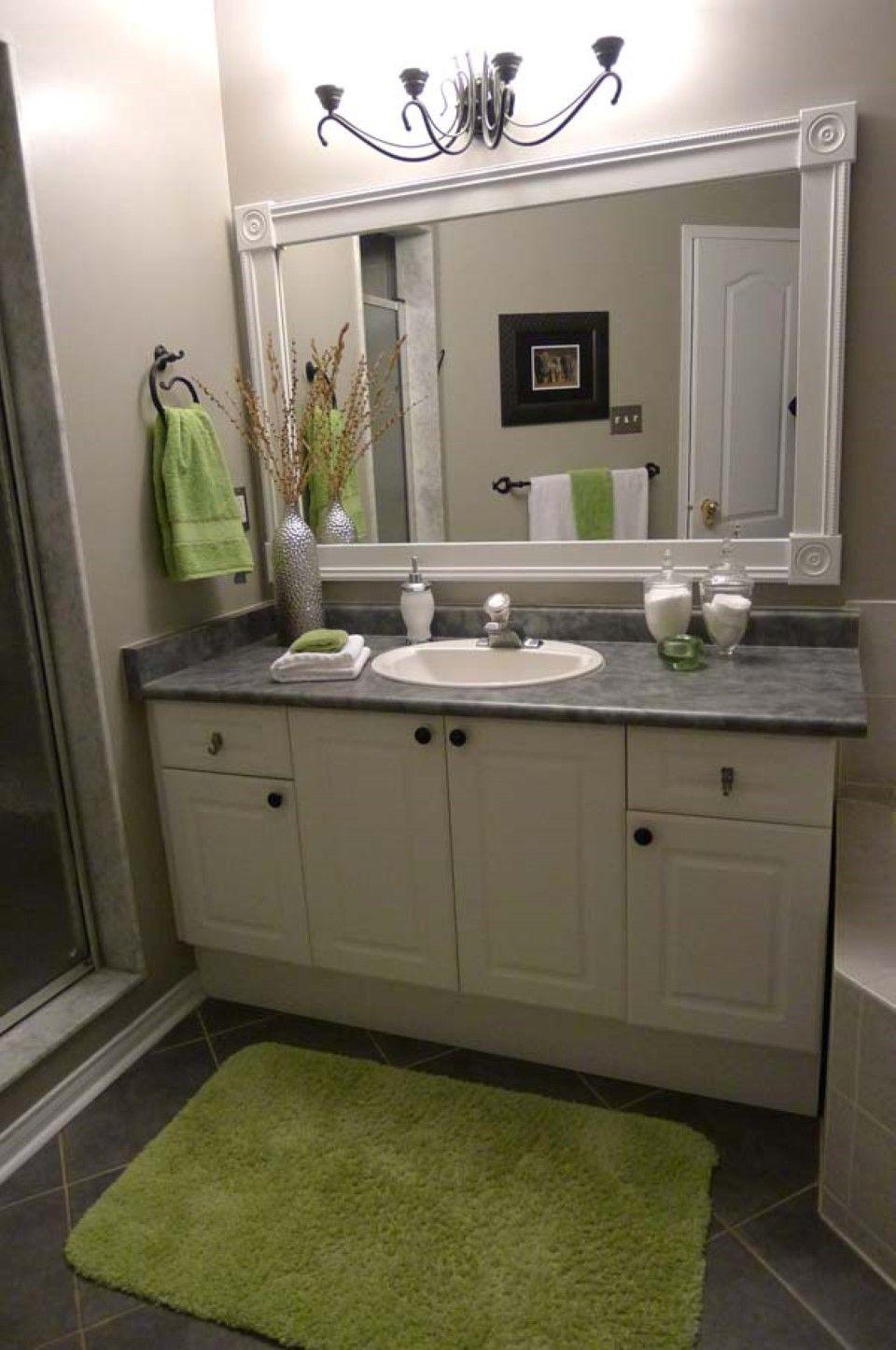 Bathroom Small Green Rug On Black Ceramic Floor Tile ...