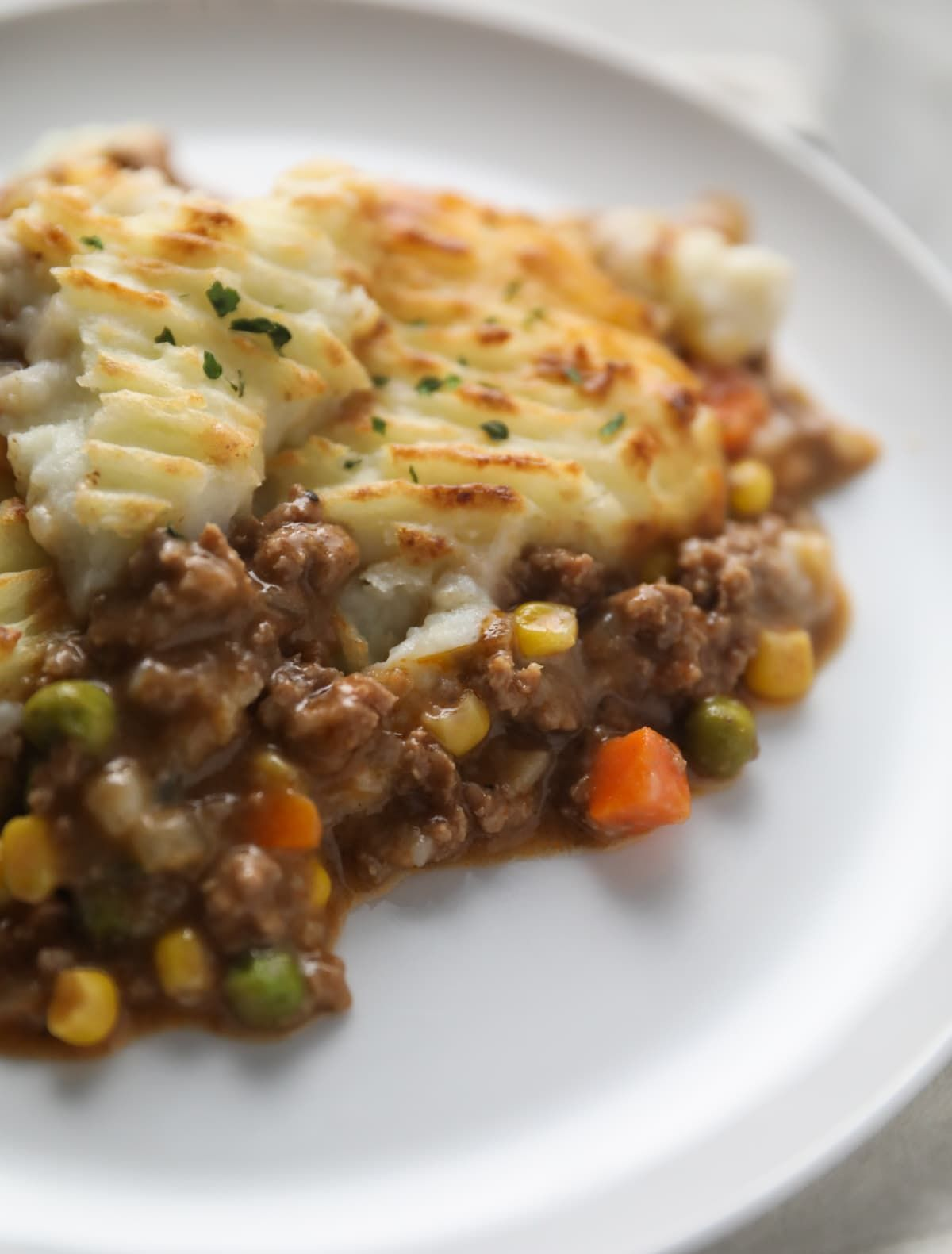 Simple Shepherd S Pie Recipe Lauren S Latest In 2020 Shepherds Pie Recipe Easy Shepherds Pie Recipe Veal Recipes