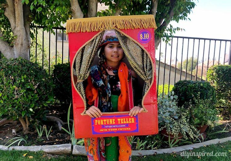 DIY Fortune Teller Booth Halloween Boxtume Creative