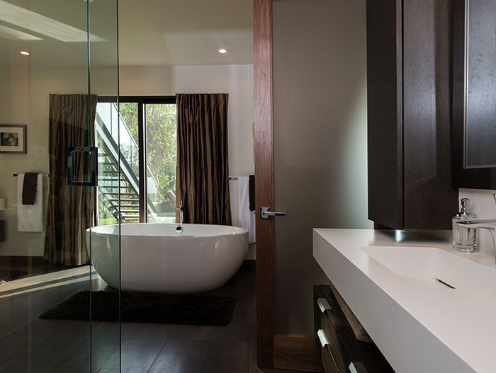 Wallace Ridge By Whipple Russell Architects Modern Bathroom With - Contemporary wallace ridge house by whipple russell architects