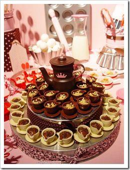 xícaras de chocolate