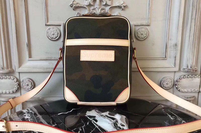 a8bd397c9c99 Louis Vuitton X Supreme Messenger Bag Camo M44207