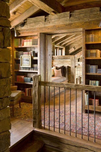 Home Library Loft: Smallprettyhouses — Spgent: Library Loft…..yes!