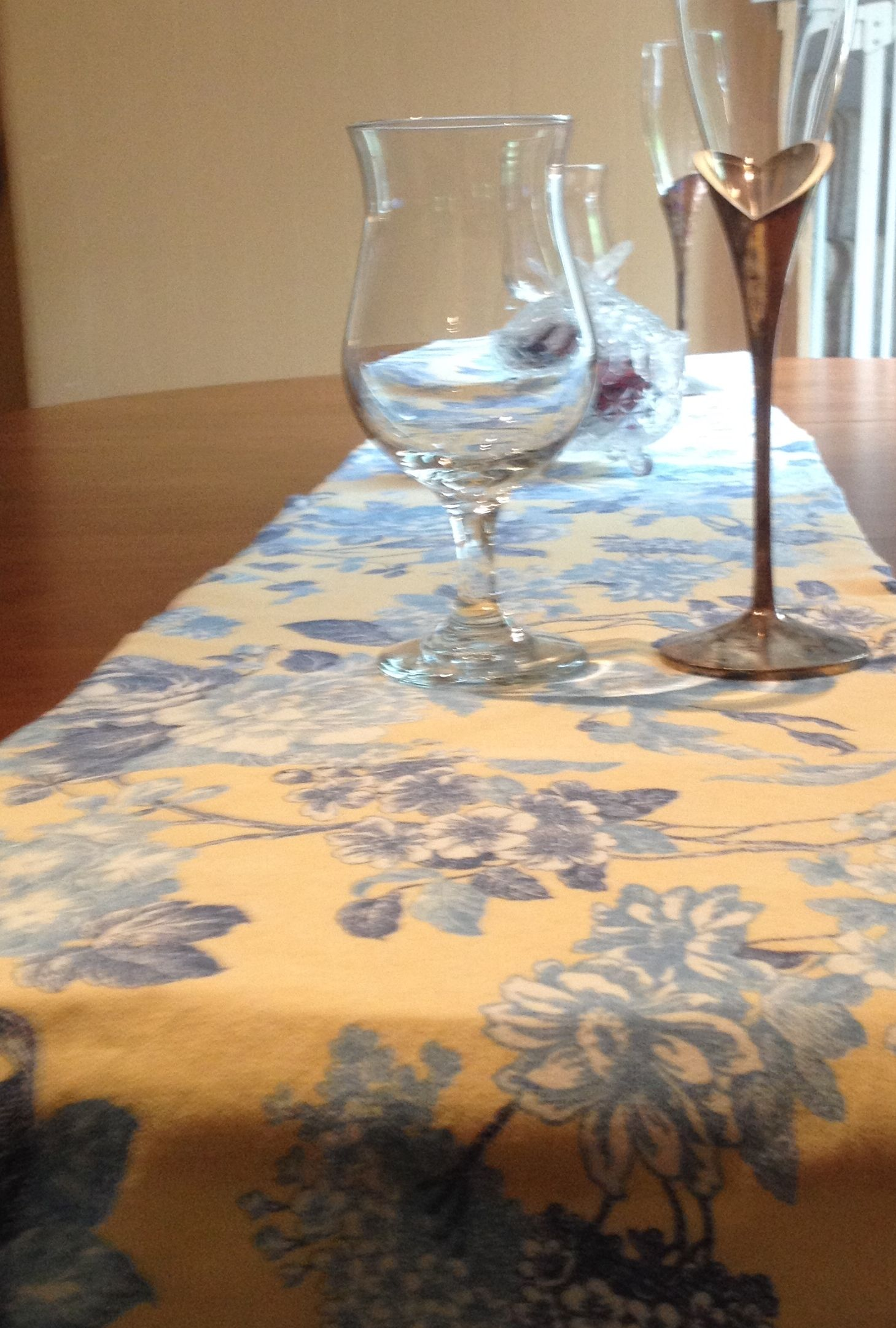 Ordinaire French Country Table Runner In Yellow With Blue And White Flowers. With  Town Houses,