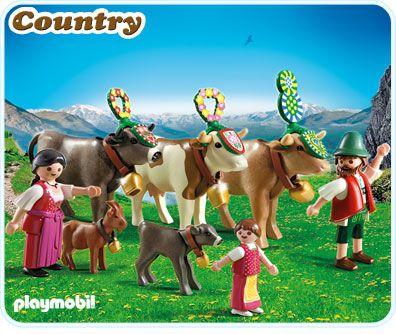Figuren 1 Mann 1 Frau 1 Madchen Tiere 3 Kuhe 1 Kalb 1