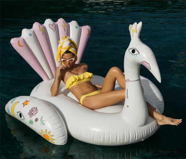 Peacock Pool Float In 2020 Pool Floats Luxury Swimming Pools