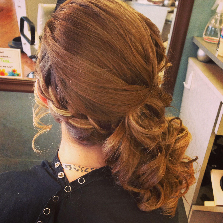 Side braid with curls | Beauty | Pinterest