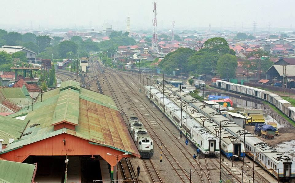 Stasiun Pasar Turi Merupakan Tempat Keberangkatan Utama Semua Kereta Api Dari Kota Surabaya Yang Melewati Jalur Pantura Surabaya Bojonegor Surabaya Kereta Api