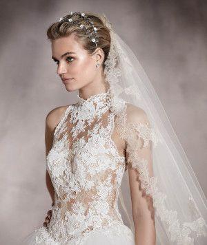 914b1fcfbb Almeria - Vestido de novia con detalles en guipur