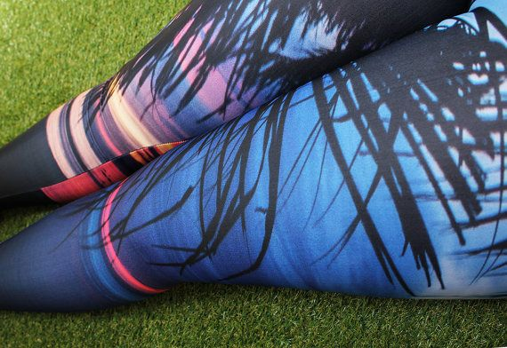 Beach print leggings