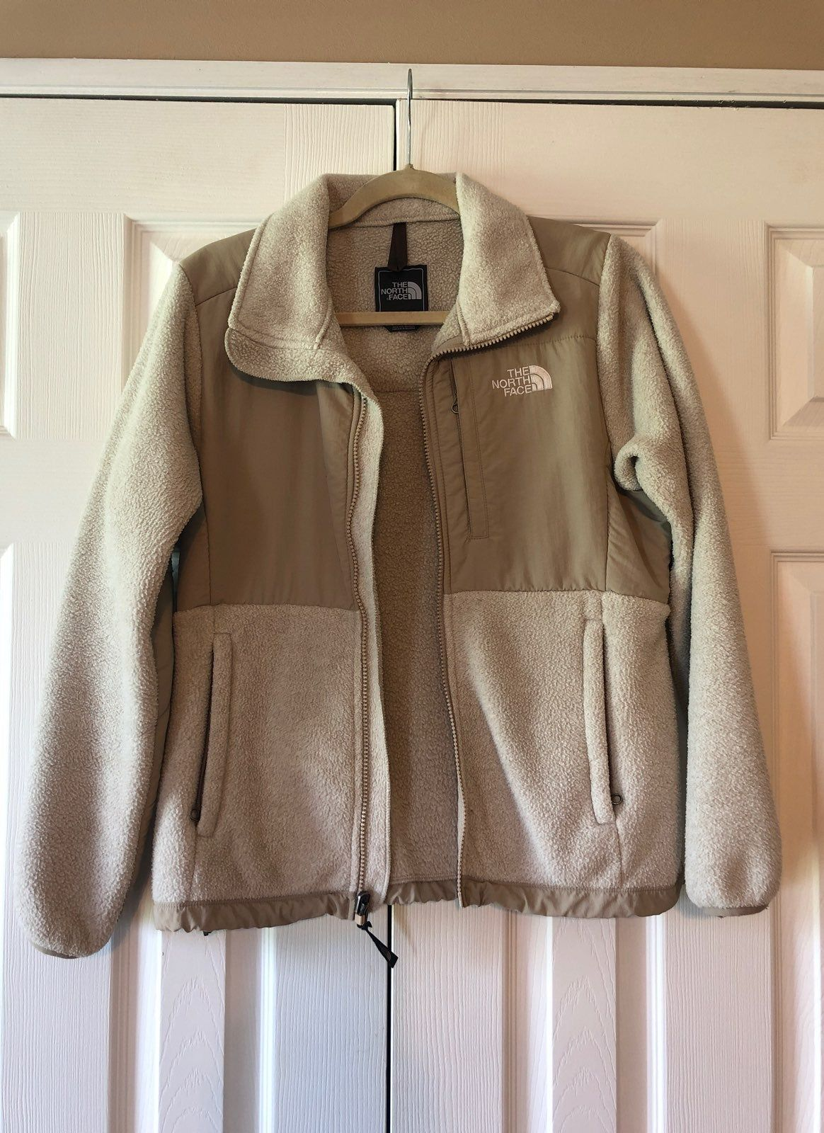 Women S North Face Jacket Great Condition Tan Khaki Two Tone Jackets North Face Fleece Jacket North Face Jacket [ 1600 x 1164 Pixel ]