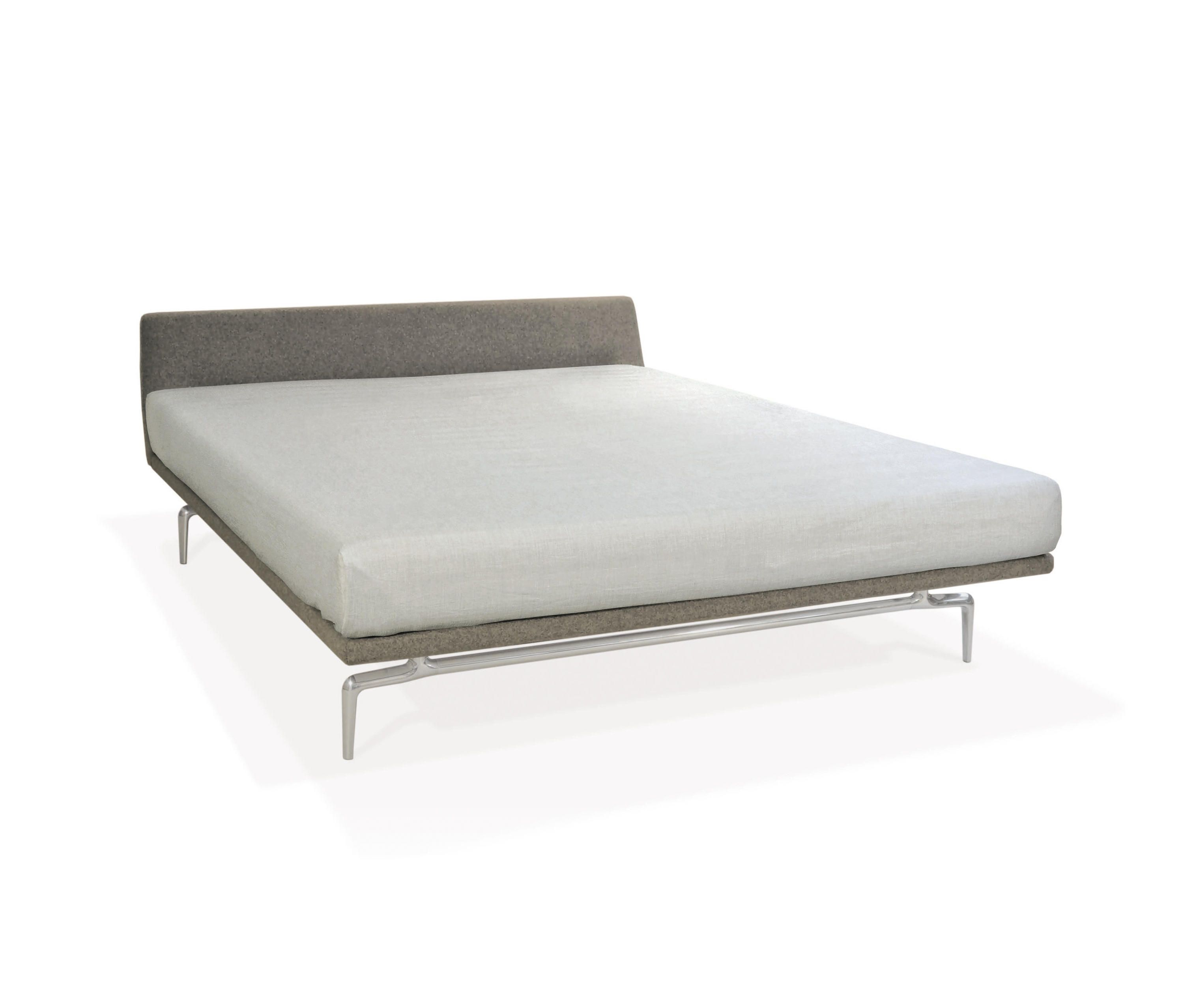 Lenao Bed by PIURIC | Double beds