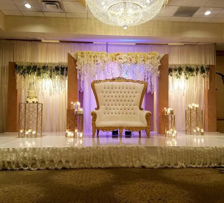 Modern Muslim wedding stage with 3 panels   Muslim wedding ...