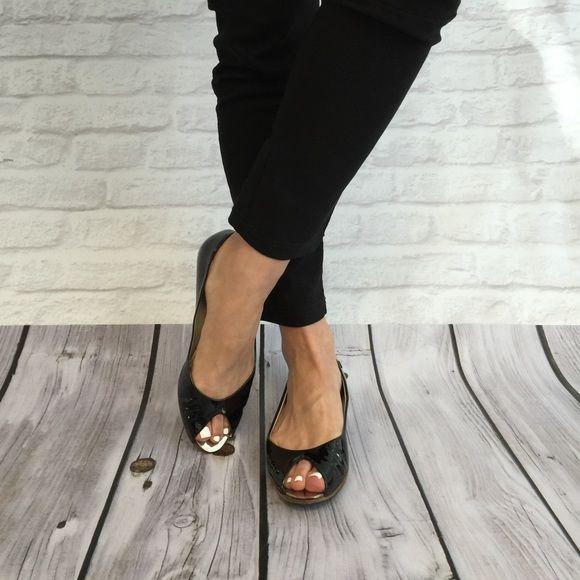 Peep toe flats, Chanel shoes flats