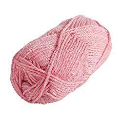 Fluffy pom pom rug DIY with the best yarn - Learn to ...