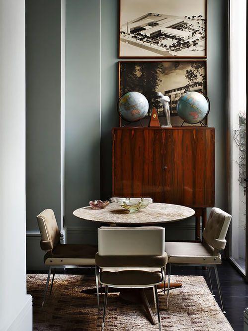 Sala de Jantar com Comoda Vintage  Designer: Lorenzo Castillo Fotógrafo: Adrienne Breaux