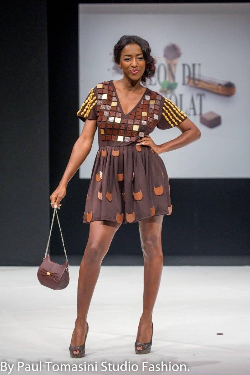 Hapsatou Sy robe signée cameron kham, chocolatée par jean-paul hévin et