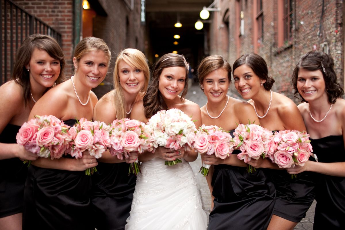 Bridesmaids in black with light pink bouquets wedding idea find this pin and more on wedding idea by pennyhsu91 black bridesmaids dresses ombrellifo Image collections