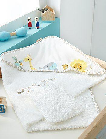 cape de bain et gant de toilette blanc b b gar on kiabi beb. Black Bedroom Furniture Sets. Home Design Ideas