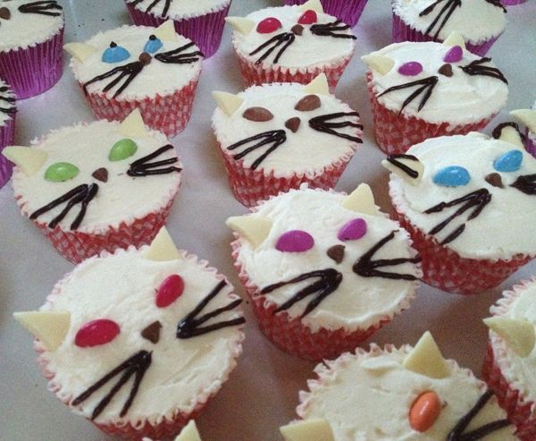 These KateMakesCake Cat Cupcakes Are Almost Too Cute to Eat