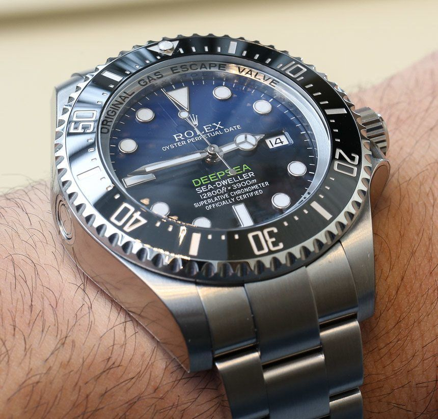 bc75fb5f718 Hands-on review of the blue dial Rolex Deepsea Sea-Dweller D-Blue 116660  dive watch for the James Cameron Deepsea Challenge 3D movie.