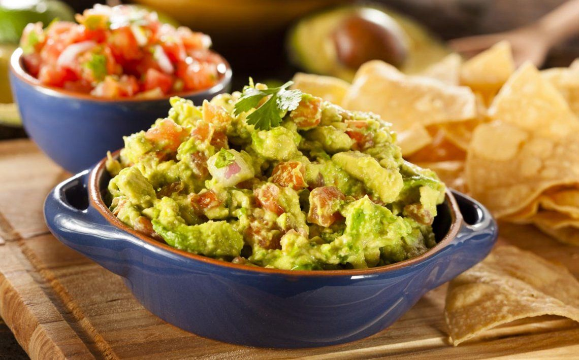 Doesnt this guacamole recipe look delicious its good for you if youre looking for a quick easy guacamole recipe youll love this one probably one of the most flavorful recipes this side of mexico forumfinder Image collections