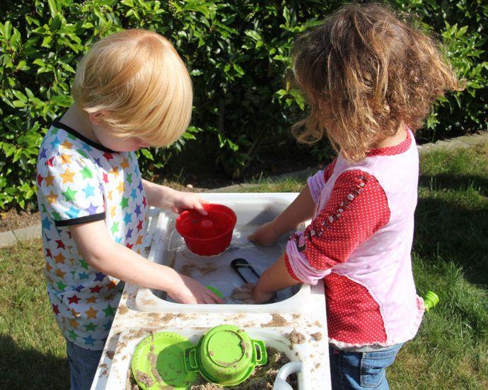 Matschküche für Kinder selber basteln - in nur 5 Minuten ...