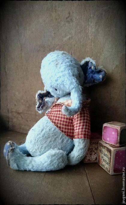 BUBBLE SKY - голубой,винтаж,винтажный стиль,коллекционная игрушка,авторская игрушка