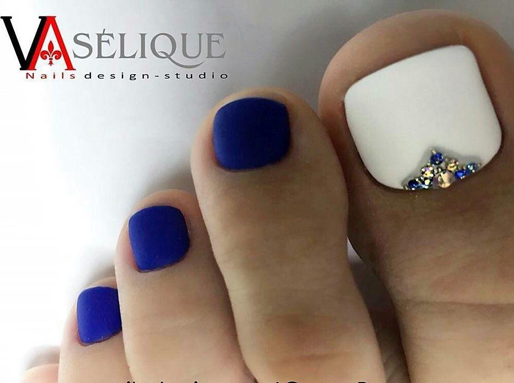 Blue,White,Rhinestone Toe NailArt