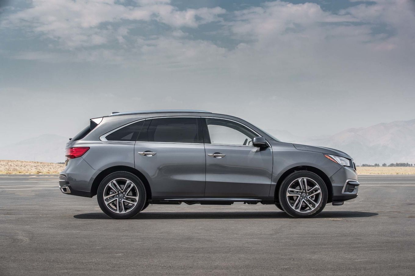 Acura Mdx 2017 Motor Trend Suv Of The Year Contender