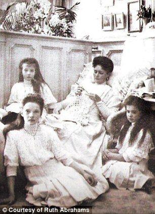 The Tsarina in her boudoir with Tatiana, Maria and Anastasia