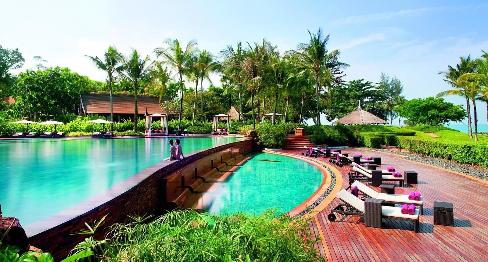 Travelila brings you most as well as best romantic resorts