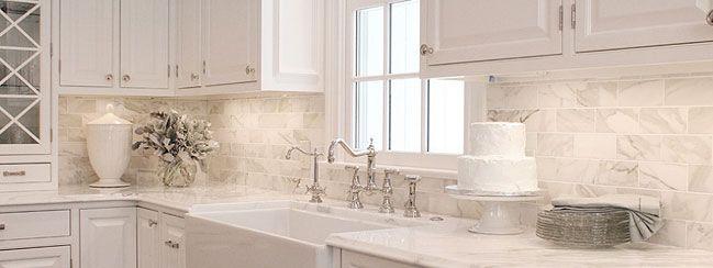Marble Backsplash Tile Ideas Projects Photos Backsplash Com Creative Kitchen Backsplash Classic White Kitchen White Kitchen Design