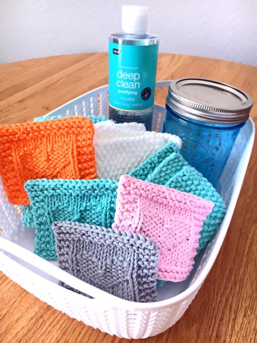 Heart Face Scrubby Free Knitting Pattern - PurlsAndPixels