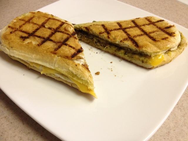 Caprese Grilled Cheese Sandwich My Yummy Kitchen Cooking Recipes Recipes Grilled Cheese Recipes