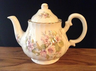 Lovely-Vintage-Staffordshire-English-Teapot-Marleigh-Pottery