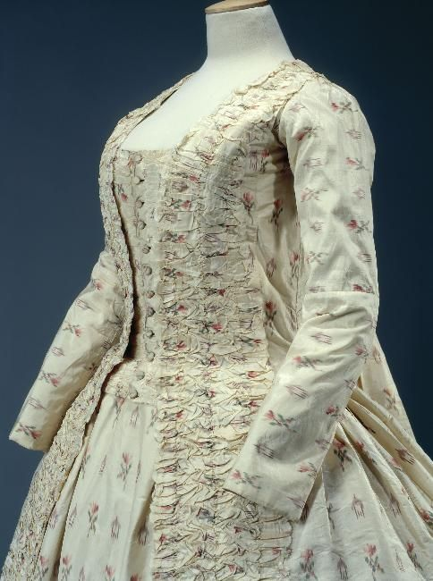 Robe a la francaise, 1770-80 From the Musee Galliera