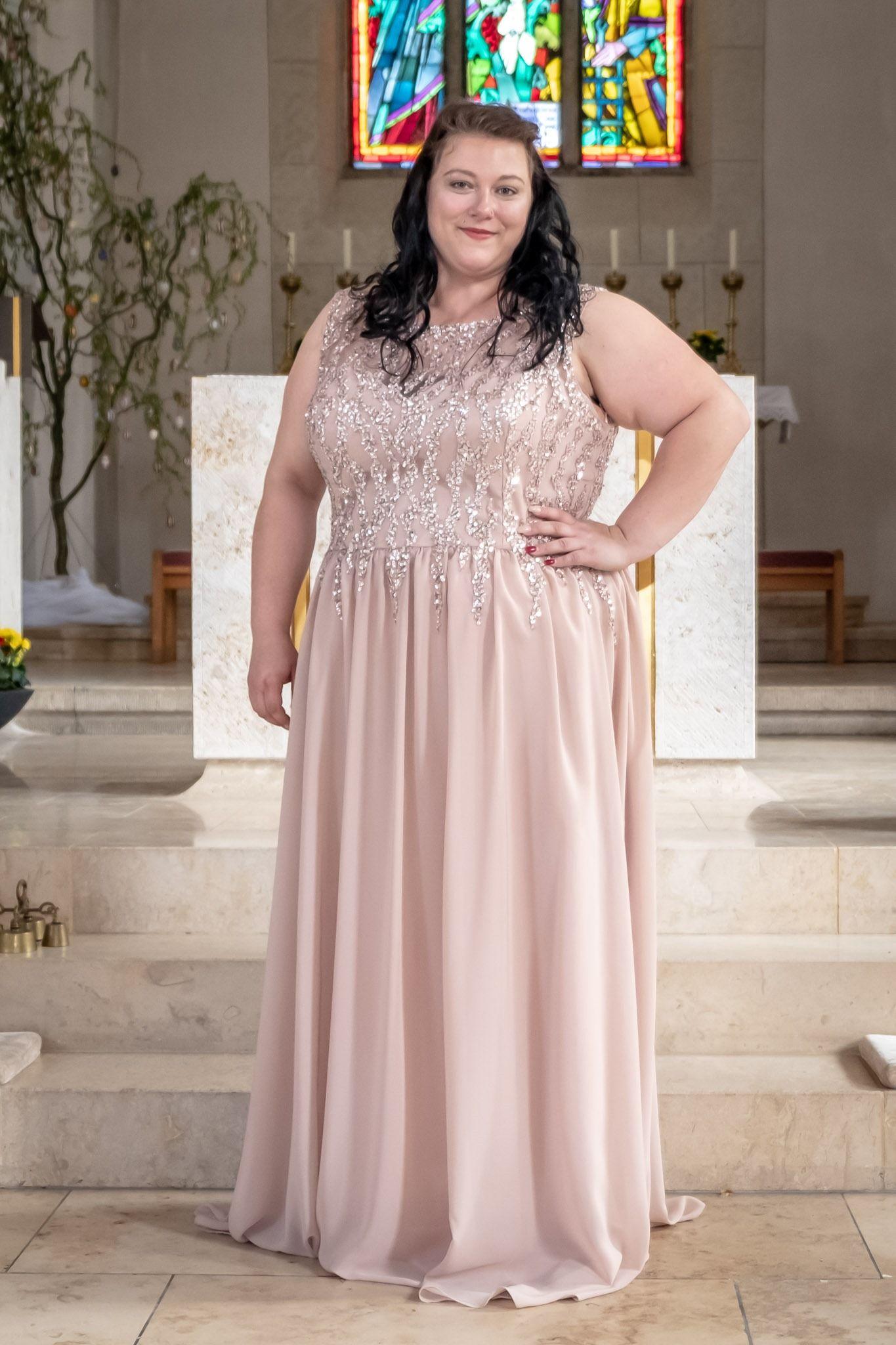 Curvy Abendkleider  Abendkleid, Modestil, Kleider