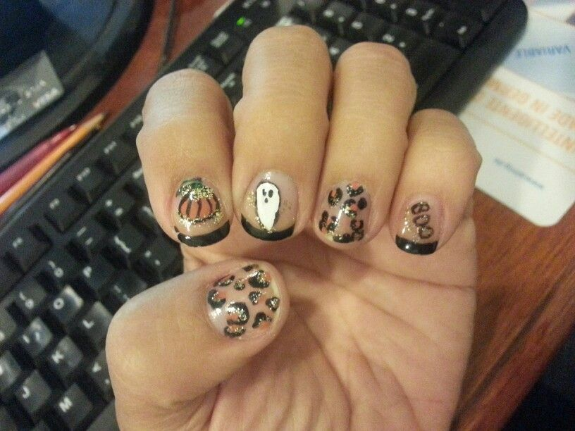 Colors by Casey: School Spirit Nails