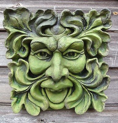 STONE GARDEN SQUARE GREEN MAN FACE WALL PAGAN LEAF PLAQUE TILE HANGING