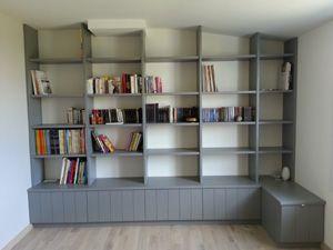 biblioth que enti rement en pic a avec portes en partie. Black Bedroom Furniture Sets. Home Design Ideas