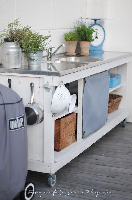 Vita villa vila Trädgård Outdoor kitchen insp Pinterest Vila