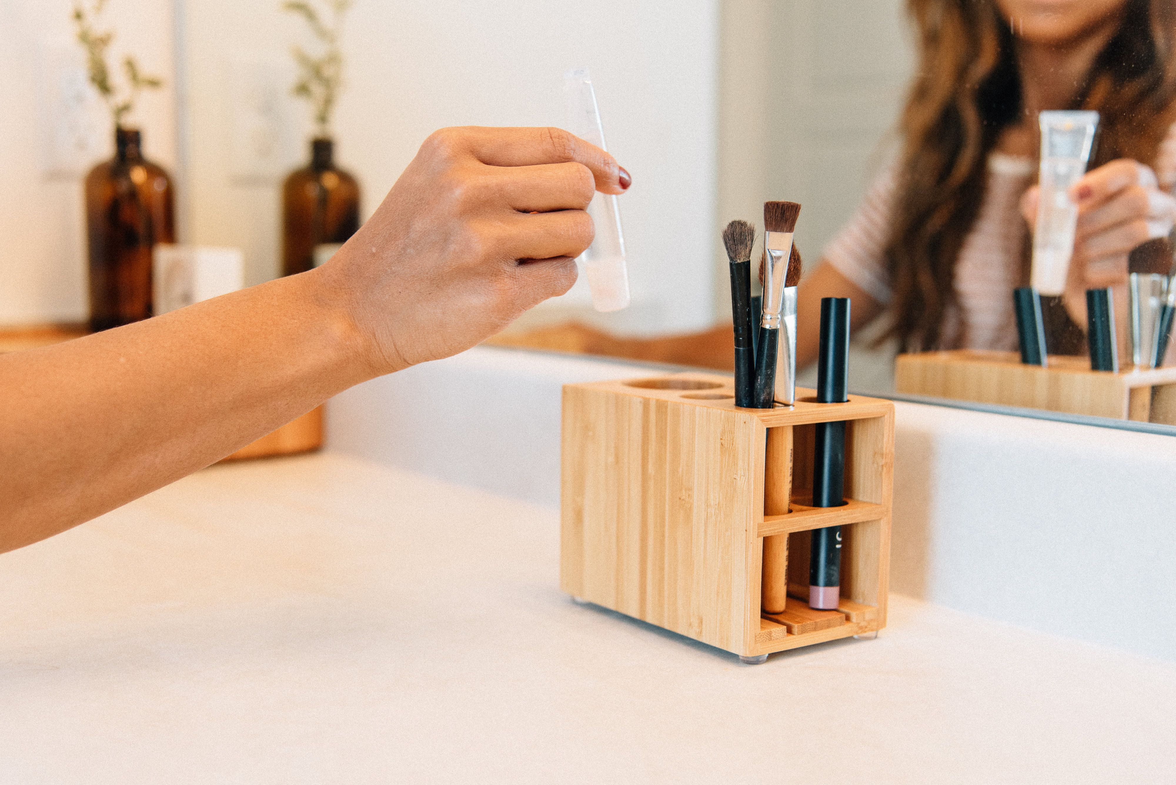 Bamboo Makeup Brush Holder — MobileVision Makeup brush