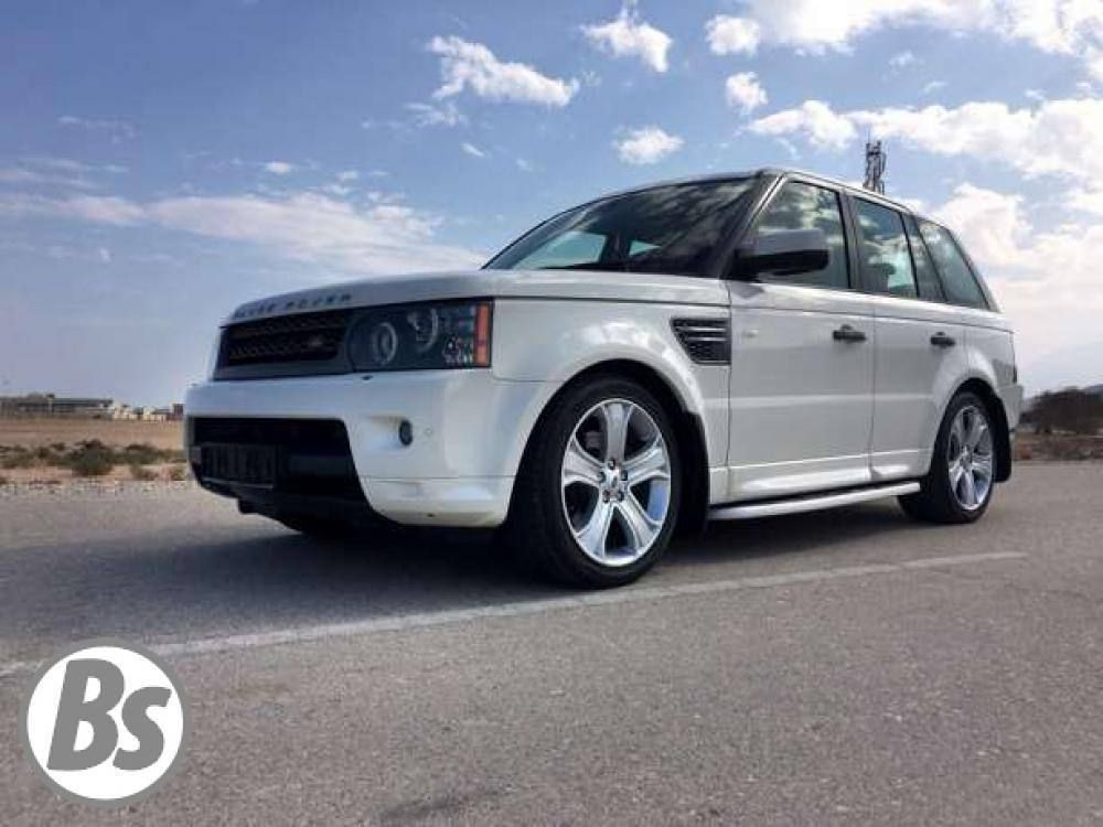 Land Rover Range Rover 2010 Muscat 125 000 Kms  10600 OMR  Sultan 9090 4111  For more please visit Bisura.com  #oman #muscat #car #classified #bisura #bisura4habtah #carsinoman #sellingcarsinoman #landrover #rangerover