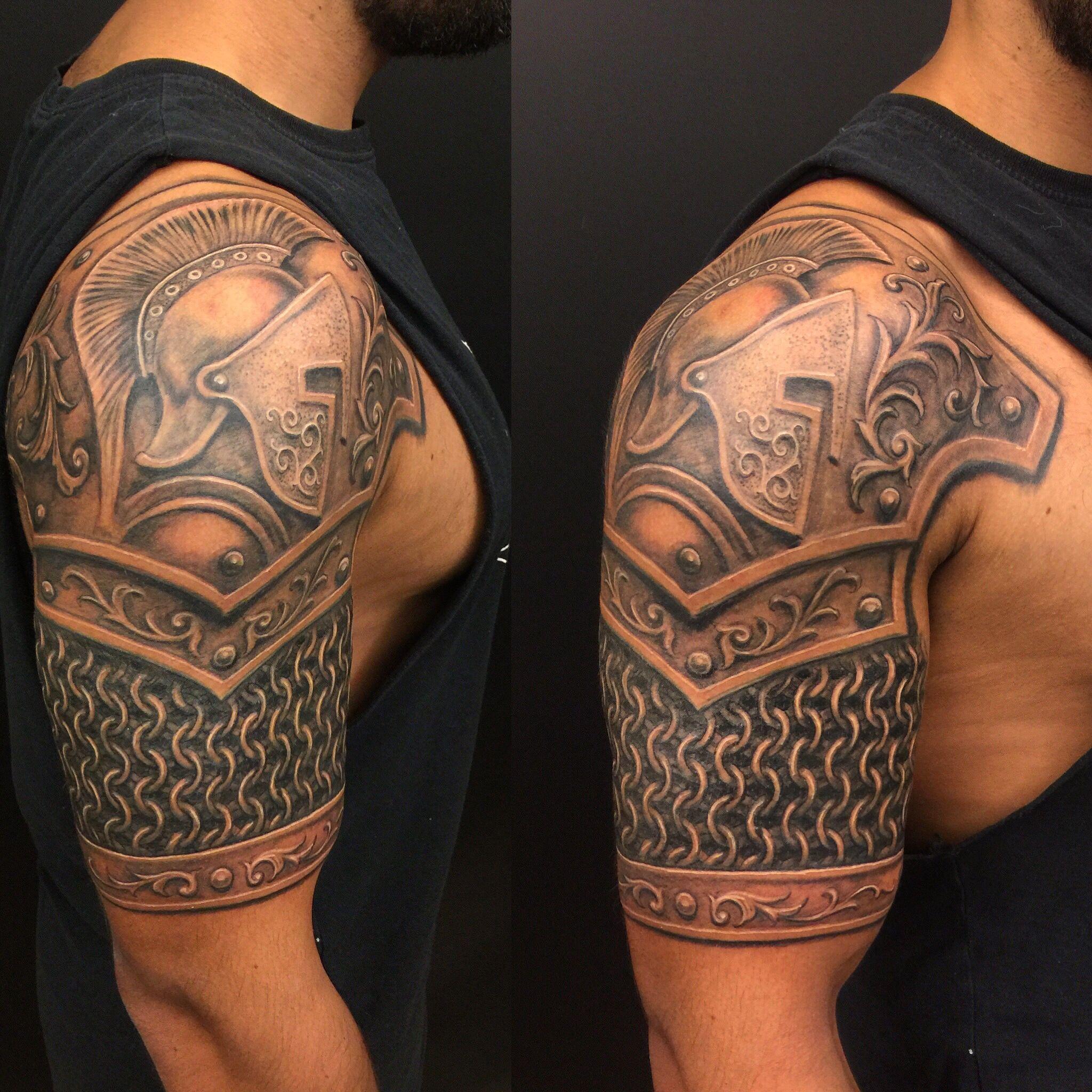 Ketten Armour tattoo, Shoulder armor tattoo, Armor tattoo