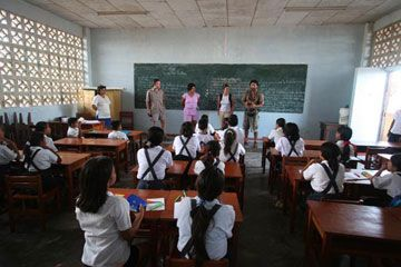 an analysis of the state of education system and schools in united states The united kingdom and the united states belong to a number of the same international organizations, including the united nations, north atlantic treaty organization.