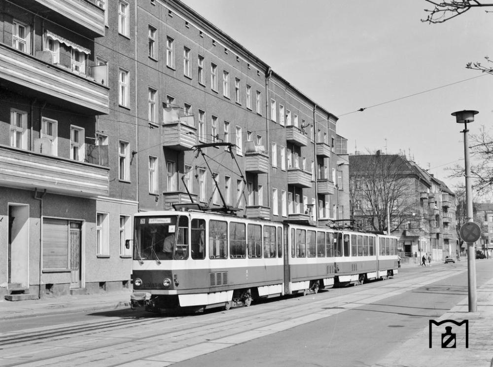 1987 Sl 20 An Der Endhaltestelle Am Bahnhof Lichtenberg Strassenbahn Bildergalerie Bilder