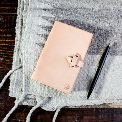 Bradley Mountain Hand Made Pocket Sized Tennyson Leather Notebook at Pigment #bradleymountain #handmade #leatherbound #journal